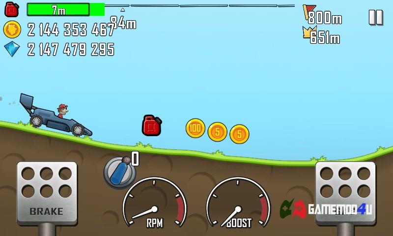 Hình ảnh khi đang chơi hack Hill Climb Racing mod full tiền và xăng trên điện thoại của mình